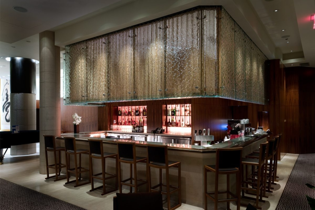 Shangri La HotelFreeform Maze