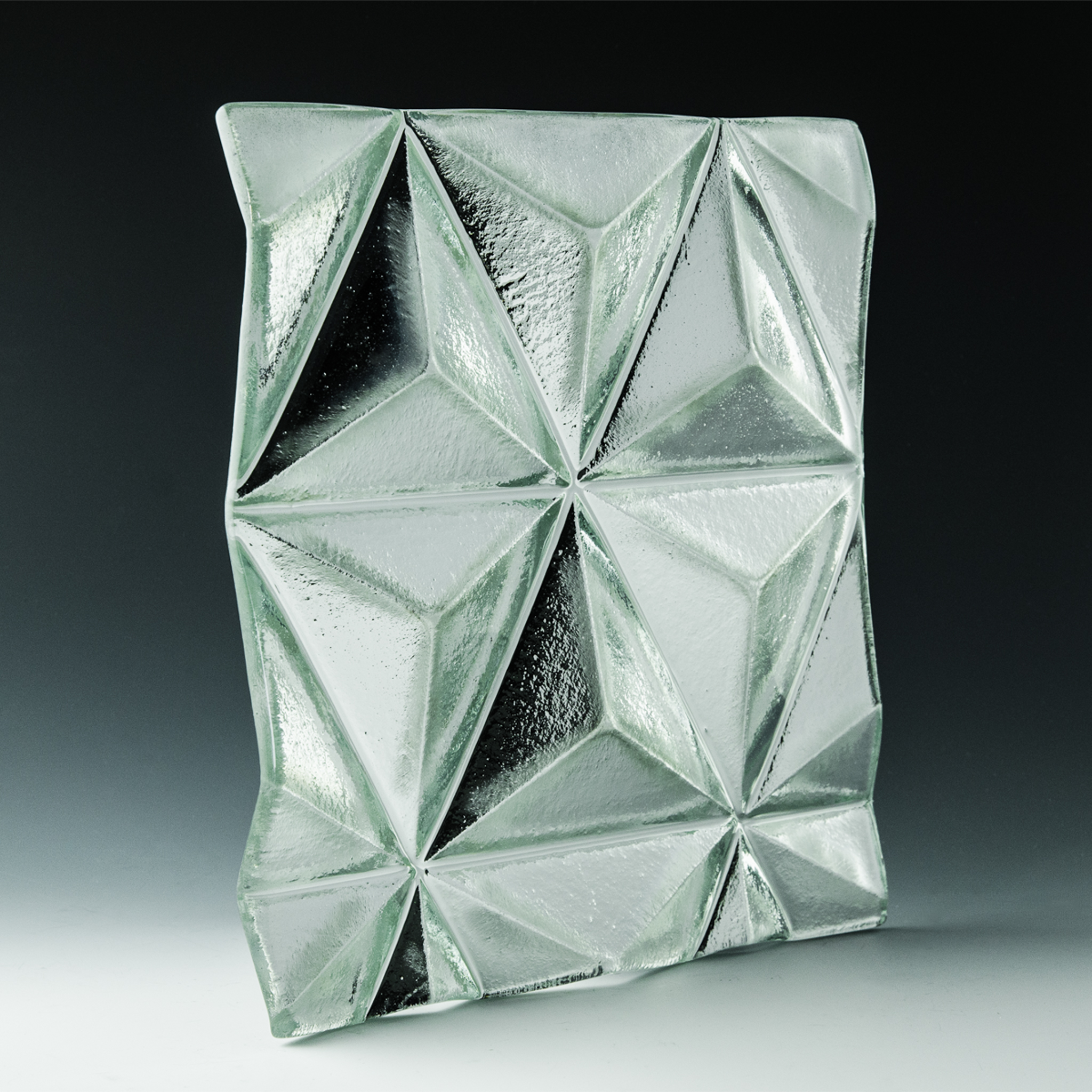 Convex Pinnacle Silvered Glass