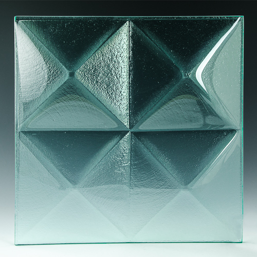 Pyramid Clear Glass front