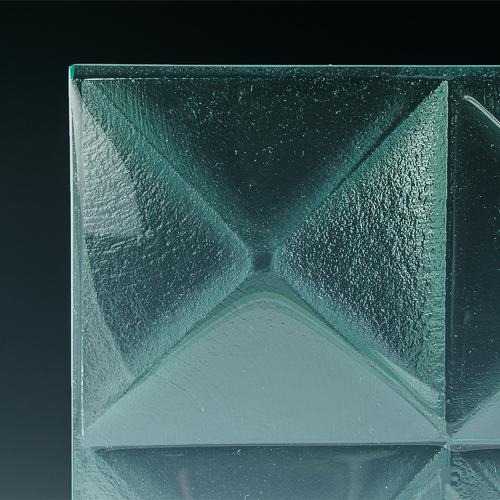 Pyramid Clear Glass corner