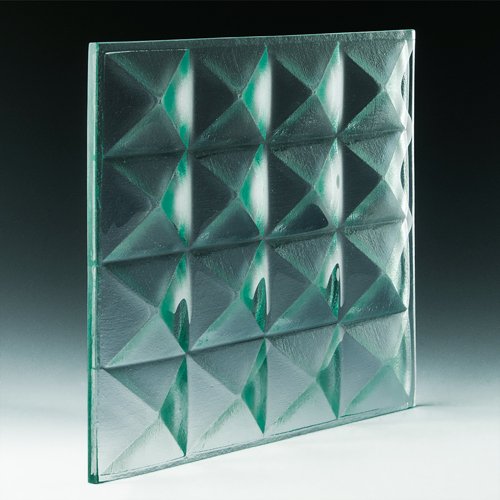 Pyramid Petite Clear Glass angle