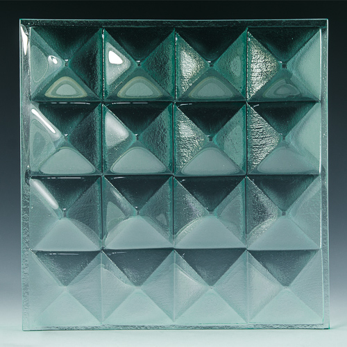 Pyramid Petite Clear Glass front