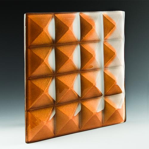 Pyramid Petite Gamma Gold Glass angle