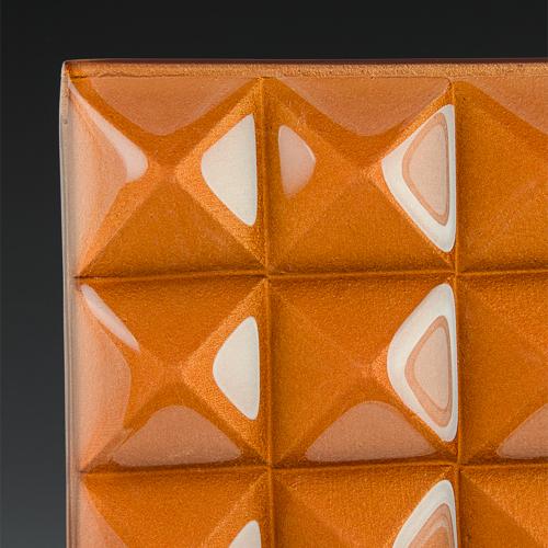 Pyramid Petite Gamma Gold Glass corner
