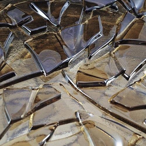 Crackle Bronze Macro Glass front