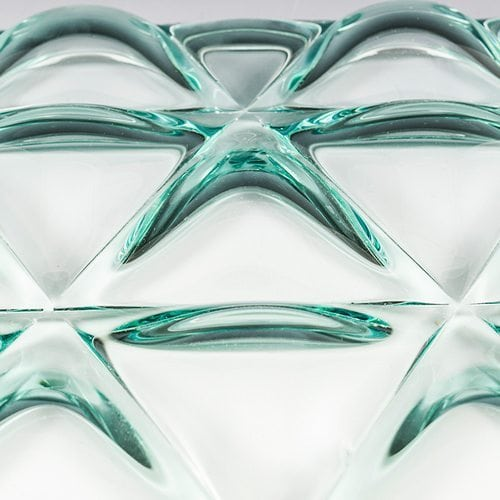Triangle Glass close