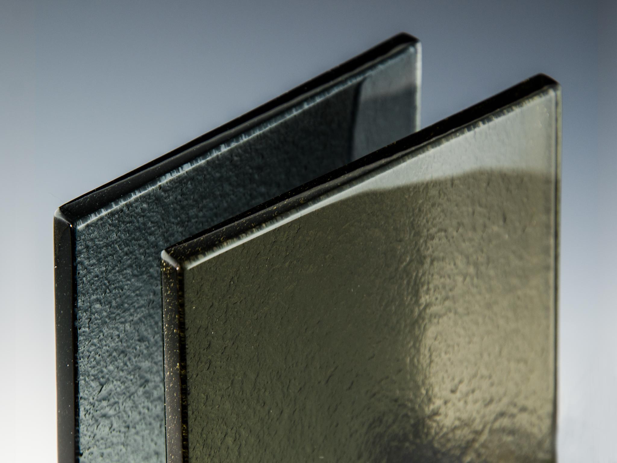 glass type bronze black top